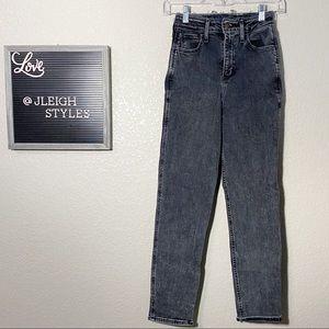Hollister Ultra High Rise Mom Black Jeans 00